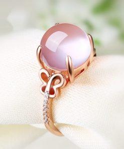 bague-en-opale-rose-vue-de-profil