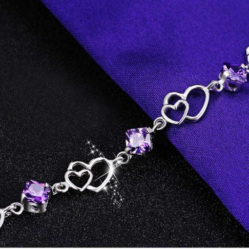 bracelet-en-amethyste-pour-femme-avec-coeur-en-argent-en-long