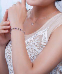 bracelet-en-amethyste-pour-femme-avec-coeur-porte