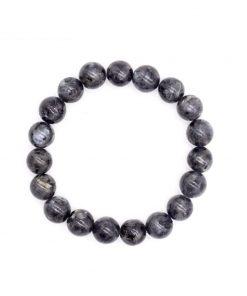 bracelet-en-labradorite-pour femme-avec-petites-perles-vue-de-dessus