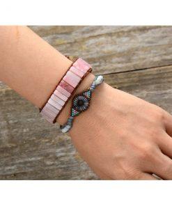 bracelet-opale-rose-des-andes-mis-au-bras