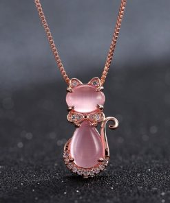 collier-avec-opale-rose-suspendu