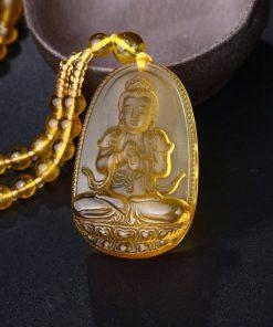 collier-avec-pendentif-de-bouddha-en-citrine-vue-de-face