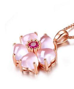 collier-opale-rose-des-andes-vue-de-profil