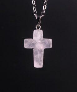 pendentif-croix-quartz-rose